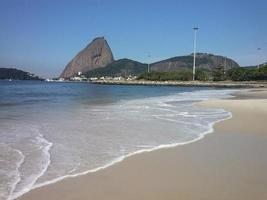 plage de flamengo, pain de sucre, rio de janeiro, brésil photo