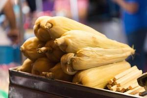 vendeur de maïs, yucatan mexique photo
