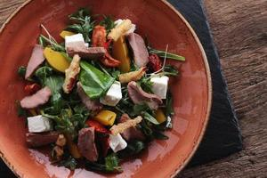 salade de canard poêlé photo