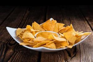 nachos avec trempette au fromage photo