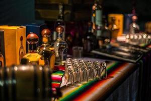 événement tequila au mexique. dégustation de mezcal et de tequila. photo