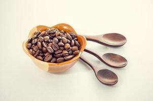 grains de café torréfiés photo