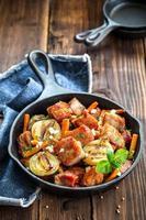 viande aux légumes photo