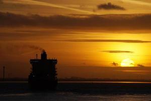 coucher de soleil sur l'elbe photo