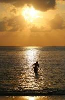 coucher de soleil en mer photo