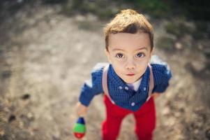 Mignon petit garçon photo