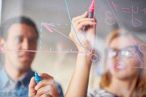 étudiants en dessin