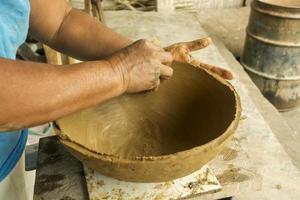 poterie à la main photo