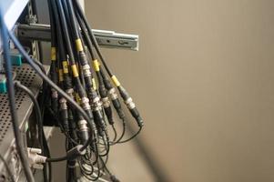 fibre optique avec serveurs dans un centre de données technologique photo