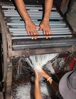 fabrication de nouilles cambodge photo