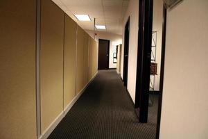 couloir de bureau photo