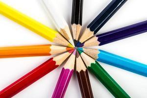 travail d'équipe au crayon de couleur photo