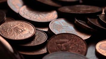 finance - monnaie - pièce de monnaie - euros photo