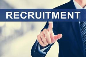 homme affaires, main, toucher, recrutement, signe, sur, écran virtuel photo