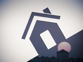 maison, nuages de ciel, concept photo