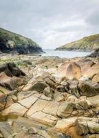 magnifique littoral et plages autour de port quin. photo