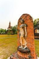 Parc historique de Sukhothai la vieille ville de Thaïlande photo