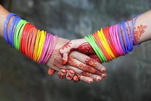 serrer des mains