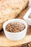 pain frais de pain de grains entiers photo