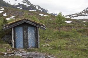 hutte, cabane pour s'abriter en norvège photo