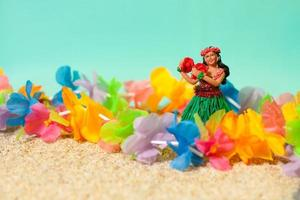 poupée hula et lei