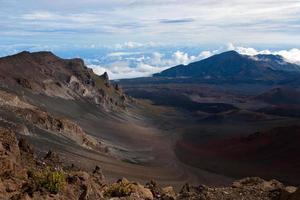 cratère haleakalā de l'intérieur photo