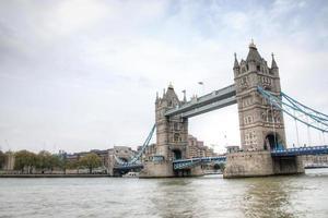Le Tower Bridge à Londres, Royaume-Uni photo