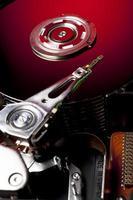disque dur à onze plateaux en rouge photo