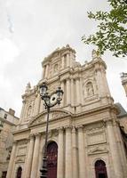 église saint-paul saint-louis, mauvais temps sur paris france photo