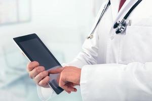 docteur avec stéthoscope photo