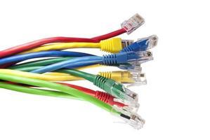 ensemble de câbles réseau Ethernet multicolores photo