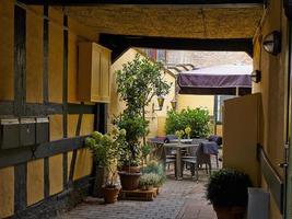 café typique de la rue latérale café copenhague. Danemark photo