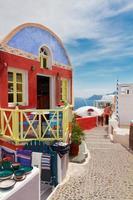 Oia, village grec traditionnel photo