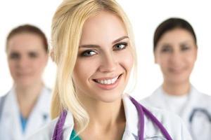 portrait, jeune, blond, femme, docteur, entouré, médical, thé photo
