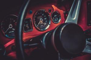 intérieur de voiture vintage rétro. traitement d'effet vintage