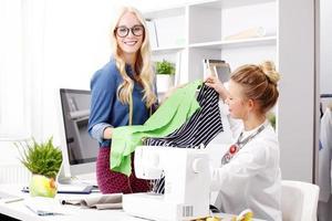 jeunes professionnels au travail
