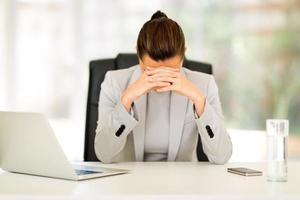 femme d'affaires stressé photo