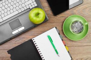 ordinateur portable sur le lieu de travail