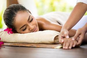 massage des mains photo