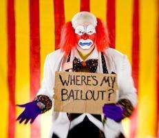 clown avec où mon signe de sauvetage photo