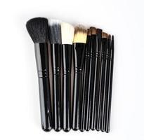 pinceau de maquillage isolé fond blanc photo