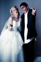 mariée et le marié zombie photo