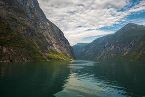 fjord de geiranger photo