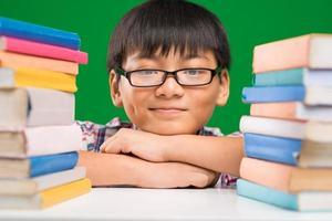 écolier souriant photo