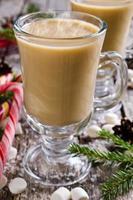 boisson chaude aux guimauves photo