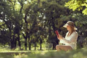 lire un livre photo
