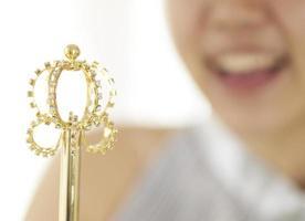 jeune femme avec sceptre photo