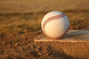 baseball sur pichets monticule caoutchouc photo