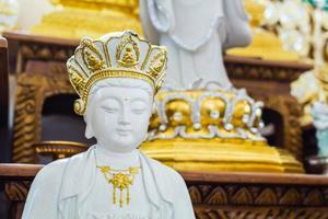 Xuanzang Buddha prêtre chinois. photo
