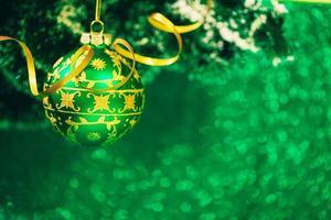 décoration de Noël sur fond de paillettes photo